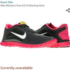 EUC NIKE Livestrong Free Run Sneaker in charcoal